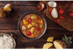 Thai yellow curry with chicken